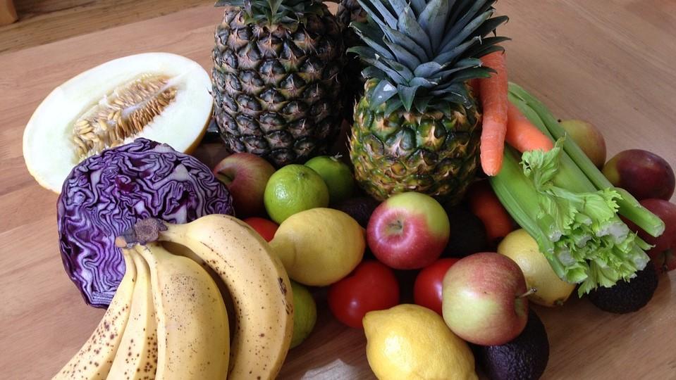 Alleen groenten en fruit eten om af te vallen een goed idee?