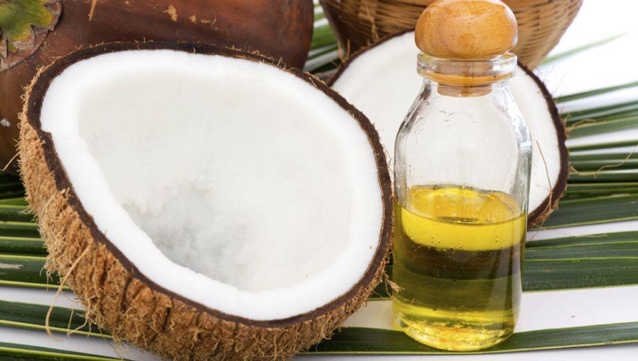 Kokosolie in koffie goed voor je gezondheid en doet je snel afvallen