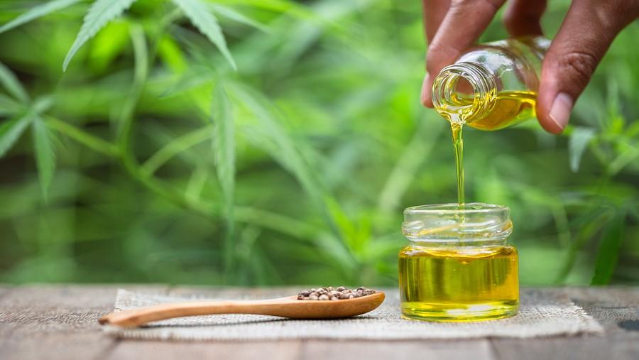 CBD olie natuurlijke pijnstiller